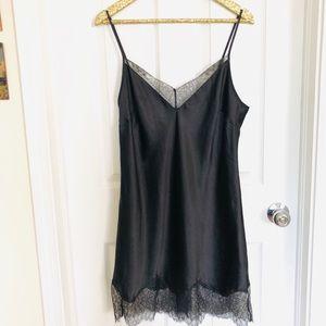 Victoria's Secret Black Lace-Trim Slip Size L